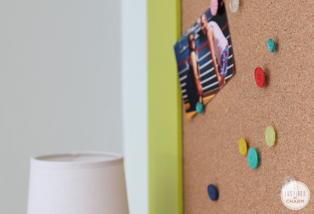 Button Thumbtacks | Frugal Uses for Buttons