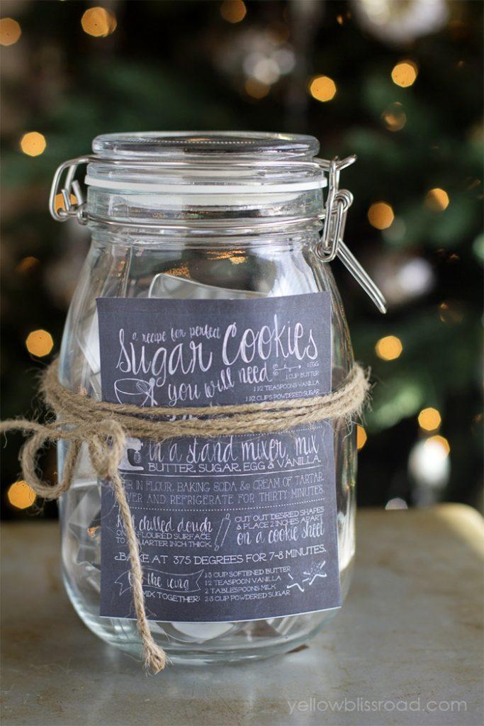 diy-sugar-cookie-cutter-gift-idea