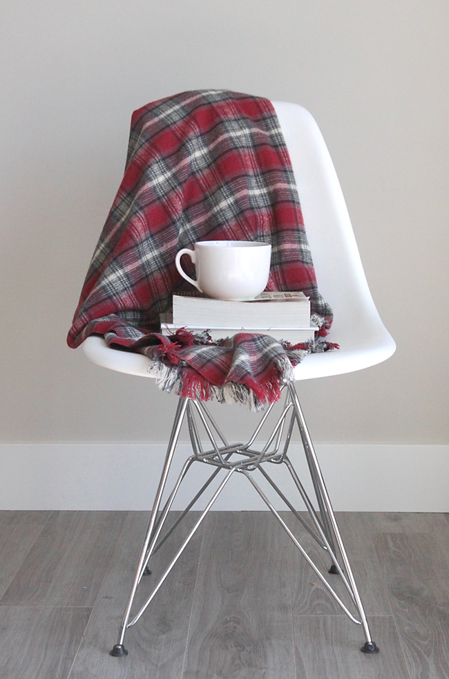 flannel-throw-easy-diy-fringed-fringe-blanket-handmade-gift-idea-christmas-holidays-how-to-make-5
